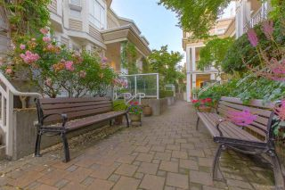 """Photo 6: 236 2565 W BROADWAY Street in Vancouver: Kitsilano Townhouse for sale in """"Trafalgar Mews"""" (Vancouver West)  : MLS®# R2581558"""