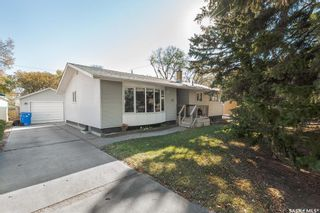 Main Photo: 45 Dolphin Bay in Regina: Whitmore Park Residential for sale : MLS®# SK874510