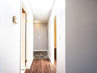 "Photo 7: 303 10668 138 Street in Surrey: Whalley Condo for sale in ""CRESTVIEW GARDENS"" (North Surrey)  : MLS®# R2375718"