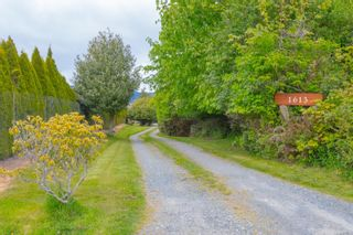 Photo 4: 1613 Dufour Rd in : Sk Whiffin Spit House for sale (Sooke)  : MLS®# 875581