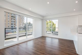 """Photo 4: 508 218 CARNARVON Street in New Westminster: Downtown NW Condo for sale in """"Irving Living"""" : MLS®# R2475825"""
