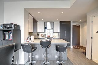 Photo 7: 1504 930 16 Avenue SW in Calgary: Beltline Apartment for sale : MLS®# A1142259