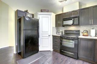Photo 4: 1693 NEW BRIGHTON Drive SE in Calgary: New Brighton Detached for sale : MLS®# A1044917