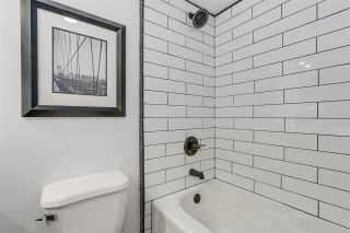 """Photo 15: 209 22 E CORDOVA Street in Vancouver: Downtown VE Condo for sale in """"Van Horne"""" (Vancouver East)  : MLS®# R2252419"""
