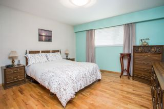 Photo 10: 726 SCHOOLHOUSE Street in Coquitlam: Central Coquitlam House for sale : MLS®# R2609829