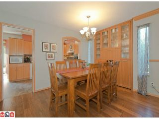 Photo 3: 15722 97A Avenue in Surrey: Guildford House for sale (North Surrey)  : MLS®# F1222888
