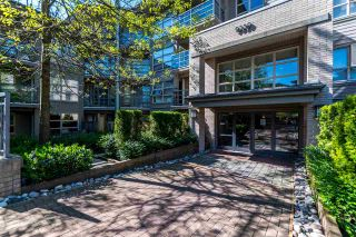 """Photo 1: 218 9339 UNIVERSITY Crescent in Burnaby: Simon Fraser Univer. Condo for sale in """"HARMONY"""" (Burnaby North)  : MLS®# R2171696"""