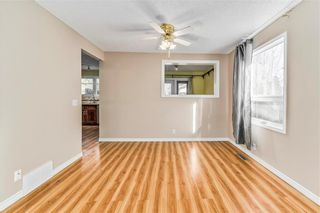 Photo 5: 373 WHITLOCK Way NE in Calgary: Whitehorn Detached for sale : MLS®# C4233795