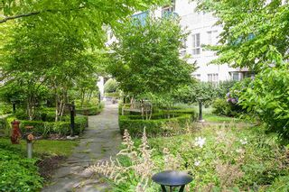 """Photo 4: 22 5605 HAMPTON Place in Vancouver: University VW Townhouse for sale in """"THE PEMBERLEY"""" (Vancouver West)  : MLS®# R2121869"""