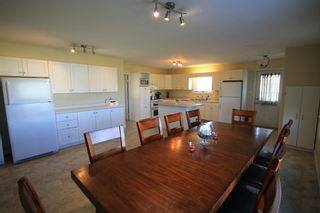 Photo 4: 75 Southpark Drive in Niverville: R07 Residential for sale : MLS®# 1924397