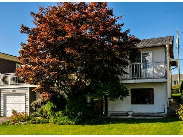 Main Photo: 1061 EWSON Street: White Rock House for sale (South Surrey White Rock)  : MLS®# F1423290