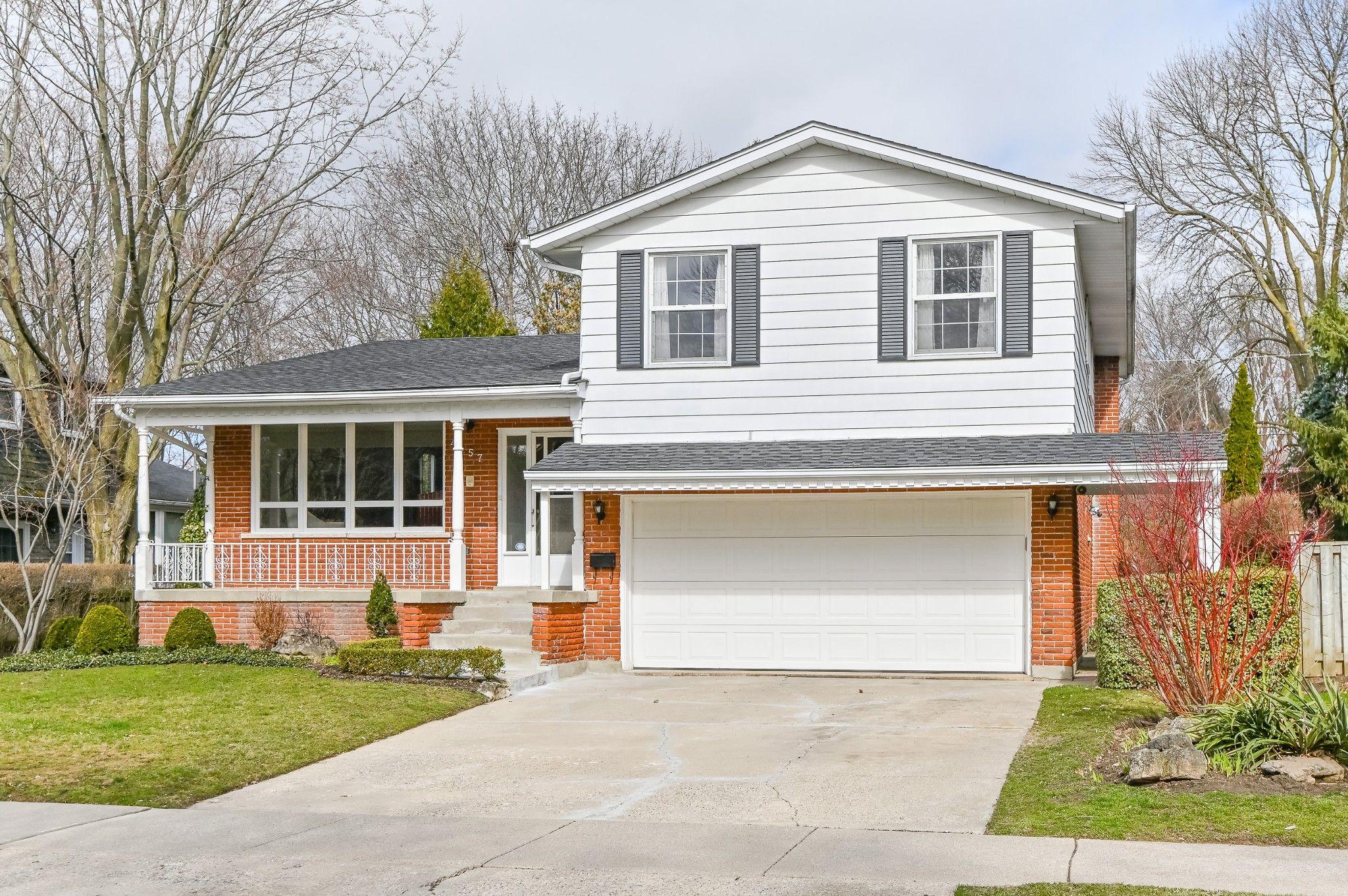 Main Photo: 4457 Hawthorne Drive in Burlington: House for sale : MLS®# H4050296