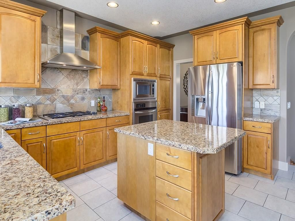 Photo 5: Photos: 1041 PANORAMA HILLS Landing NW in Calgary: Panorama Hills House for sale : MLS®# C4122124