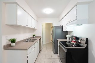 """Photo 7: 609 9867 MANCHESTER Drive in Burnaby: Cariboo Condo for sale in """"Barclay Woods"""" (Burnaby North)  : MLS®# R2488451"""