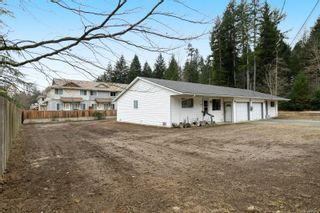 Photo 2: 2110 Lake Trail Rd in : CV Courtenay City Full Duplex for sale (Comox Valley)  : MLS®# 869253