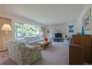 Photo 3: 4570 HOSKINS RD in North Vancouver: Lynn Valley House for sale : MLS®# V1052431