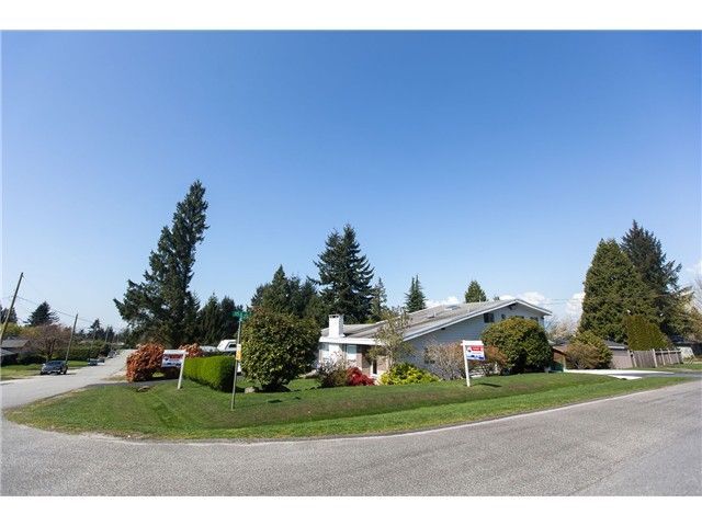"""Main Photo: 11541 94A Avenue in Delta: Annieville House for sale in """"Annieville"""" (N. Delta)  : MLS®# F1437195"""