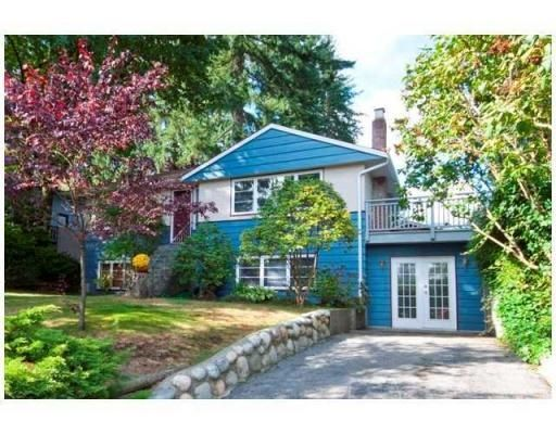 Main Photo: 1878 WESTOVER RD in North Vancouver: Lynn Valley House for sale ()  : MLS®# V850095