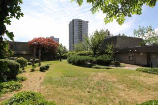 """Photo 18: 202 3980 CARRIGAN Court in Burnaby: Government Road Condo for sale in """"DISCOVERY PLACE"""" (Burnaby North)  : MLS®# R2388649"""