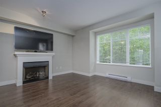 """Photo 4: 33 20038 70 Avenue in Langley: Willoughby Heights Townhouse for sale in """"WILLOUGHBY HEIGHTS"""" : MLS®# R2460175"""