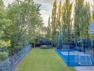 Photo 4: 207 WILLOW RIDGE Place SE in Calgary: Willow Park Detached for sale : MLS®# C4302398