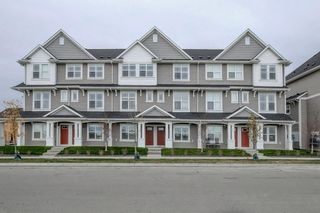 Photo 1: 83 Copperstone Road SE in Calgary: Copperfield Row/Townhouse for sale : MLS®# A1042334