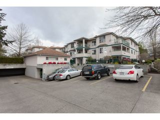 """Photo 2: 202 5955 177B Street in Surrey: Cloverdale BC Condo for sale in """"WINDSOR PLACE"""" (Cloverdale)  : MLS®# R2160255"""