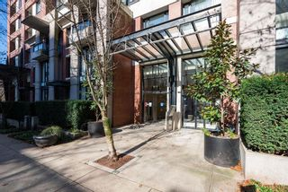 Photo 2: 1004 977 MAINLAND Street in Vancouver: Yaletown Condo for sale (Vancouver West)  : MLS®# R2614301