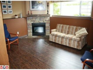 Photo 8: 5 2023 WINFIELD Drive in Abbotsford: Abbotsford East Townhouse for sale : MLS®# F1106171