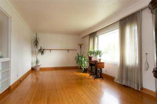 Photo 5: 716 Simpson Avenue in Winnipeg: East Kildonan Residential for sale (3B)  : MLS®# 202111309