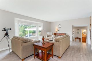 Photo 3: 2539 ARUNDEL Lane in Coquitlam: Coquitlam East House for sale : MLS®# R2590231