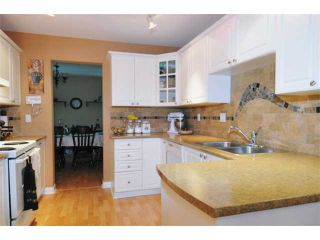 Photo 3: 15 758 RIVERSIDE Drive in Port Coquitlam: Riverwood Townhouse for sale : MLS®# V887026