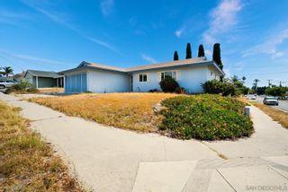 Photo 3: OCEANSIDE House for sale : 4 bedrooms : 3132 Glenn Rd
