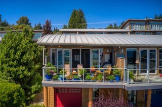 """Photo 5: 6500 WILDFLOWER Place in Sechelt: Sechelt District Townhouse for sale in """"WAKEFIELD BEACH - 2ND WAVE"""" (Sunshine Coast)  : MLS®# R2604222"""