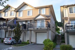 """Photo 2: 27 4401 BLAUSON Boulevard in Abbotsford: Abbotsford East Townhouse for sale in """"The Sage"""" : MLS®# R2095953"""