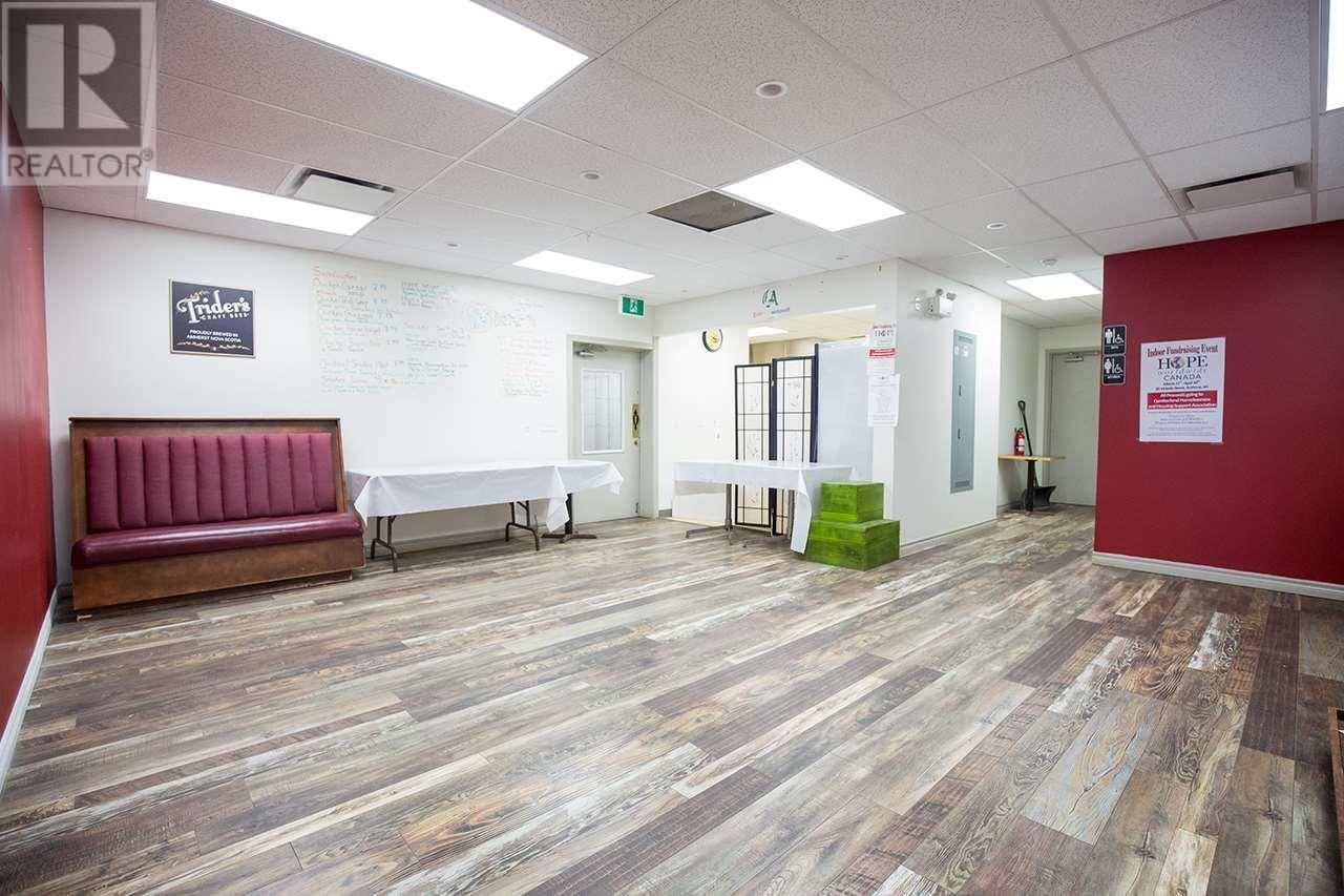 Photo 15: Photos: 85 Victoria Street in Amherst: Business for sale : MLS®# 202100495