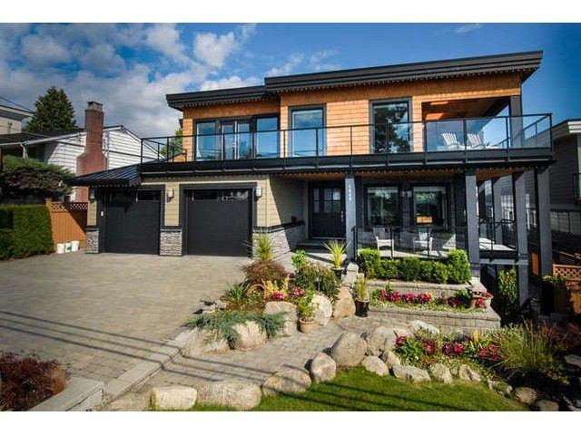 FEATURED LISTING: 1040 LEE Street White Rock