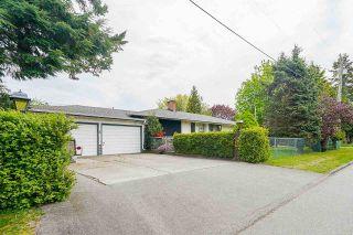 "Photo 2: 14611 59A Avenue in Surrey: Sullivan Station House for sale in ""Sullivan"" : MLS®# R2577540"