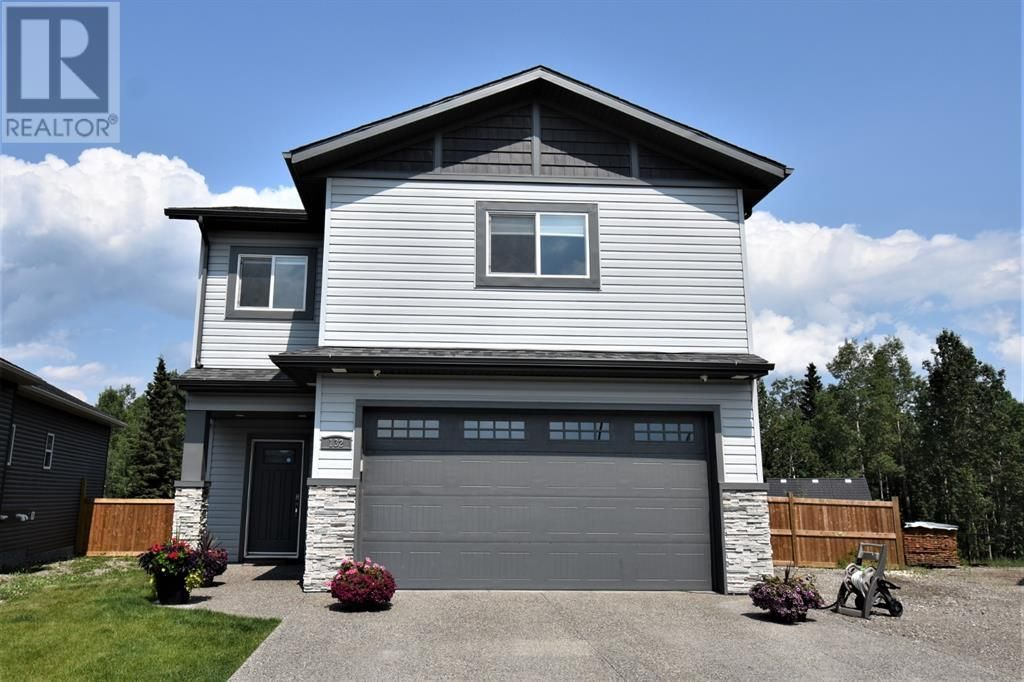Main Photo: 132 Cache Percotte Cove in Hinton: House for sale : MLS®# A1125346