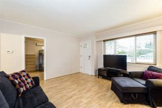 Photo 3: 1720 SUTHERLAND AVENUE in North Vancouver: Boulevard House for sale : MLS®# R2258185