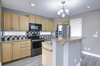 Photo 5: 105 Prestwick Heights SE in Calgary: McKenzie Towne Detached for sale : MLS®# A1126411