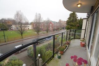 Photo 7: 7 1966 YORK Avenue in Vancouver: Kitsilano Townhouse for sale (Vancouver West)  : MLS®# V798779