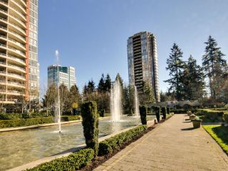 """Photo 27: 903 6888 STATION HILL Drive in Burnaby: South Slope Condo for sale in """"SAVOY CARLTON"""" (Burnaby South)  : MLS®# R2336364"""