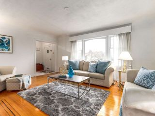 Photo 3: 2475 W 16TH Avenue in Vancouver: Kitsilano House for sale (Vancouver West)  : MLS®# R2143783