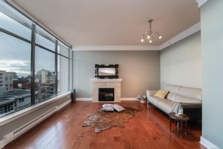 Photo 3: 1010 845 Yates St in : Vi Downtown Condo for sale (Victoria)  : MLS®# 860995