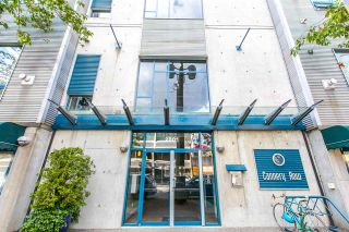 """Photo 2: 420 2001 WALL Street in Vancouver: Hastings Condo for sale in """"CANNERY ROW"""" (Vancouver East)  : MLS®# R2081753"""
