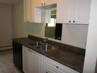 Photo 3: 10 414 41 Street: Edson Condo for sale : MLS®# 32561