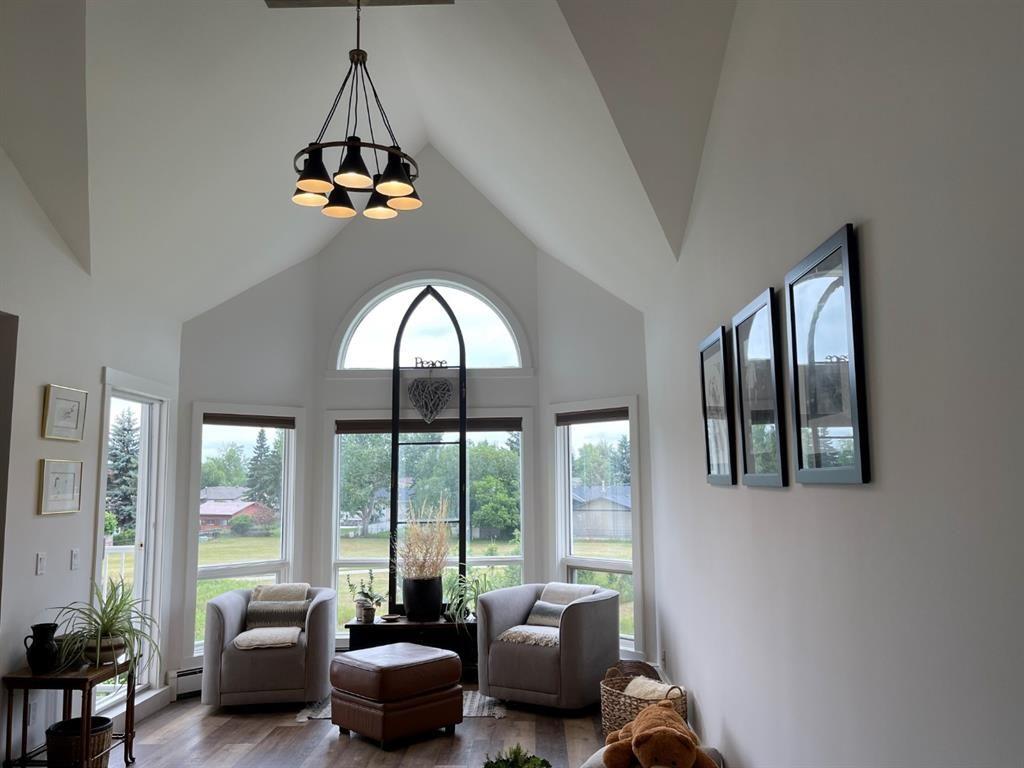 Main Photo: 308 102 Centre Court: Okotoks Apartment for sale : MLS®# A1126808