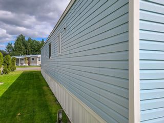 """Photo 4: 17 7817 HIGHWAY 97 S in Prince George: Sintich Manufactured Home for sale in """"Sintich Adult Mobile Home Park"""" (PG City South East (Zone 75))  : MLS®# R2614001"""