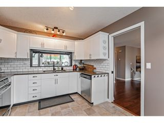 """Photo 12: 147 4001 OLD CLAYBURN Road in Abbotsford: Abbotsford East Townhouse for sale in """"CEDAR SPRINGS"""" : MLS®# R2555932"""